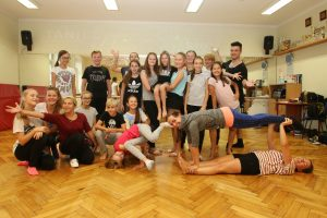18b4e892 Taniec na warsztacie – MDK Ostrów